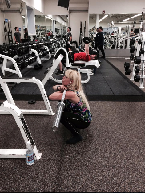 Amy Rubin, Female Powerlifter and Trainer at Work